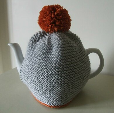 c47da8b82 Pom Pom Tea Cosy Knitting pattern by Buzybee