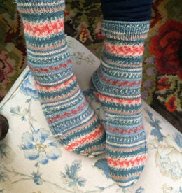 Socks with Cable Detail in Regia Design Line by Arne & Carlos - R0258 - Downloadable PDF