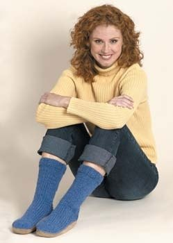 Knit Slipper Moccasins in Lion Brand Wool-Ease Chunky - 30227
