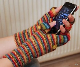 Smartphone friendly mitts
