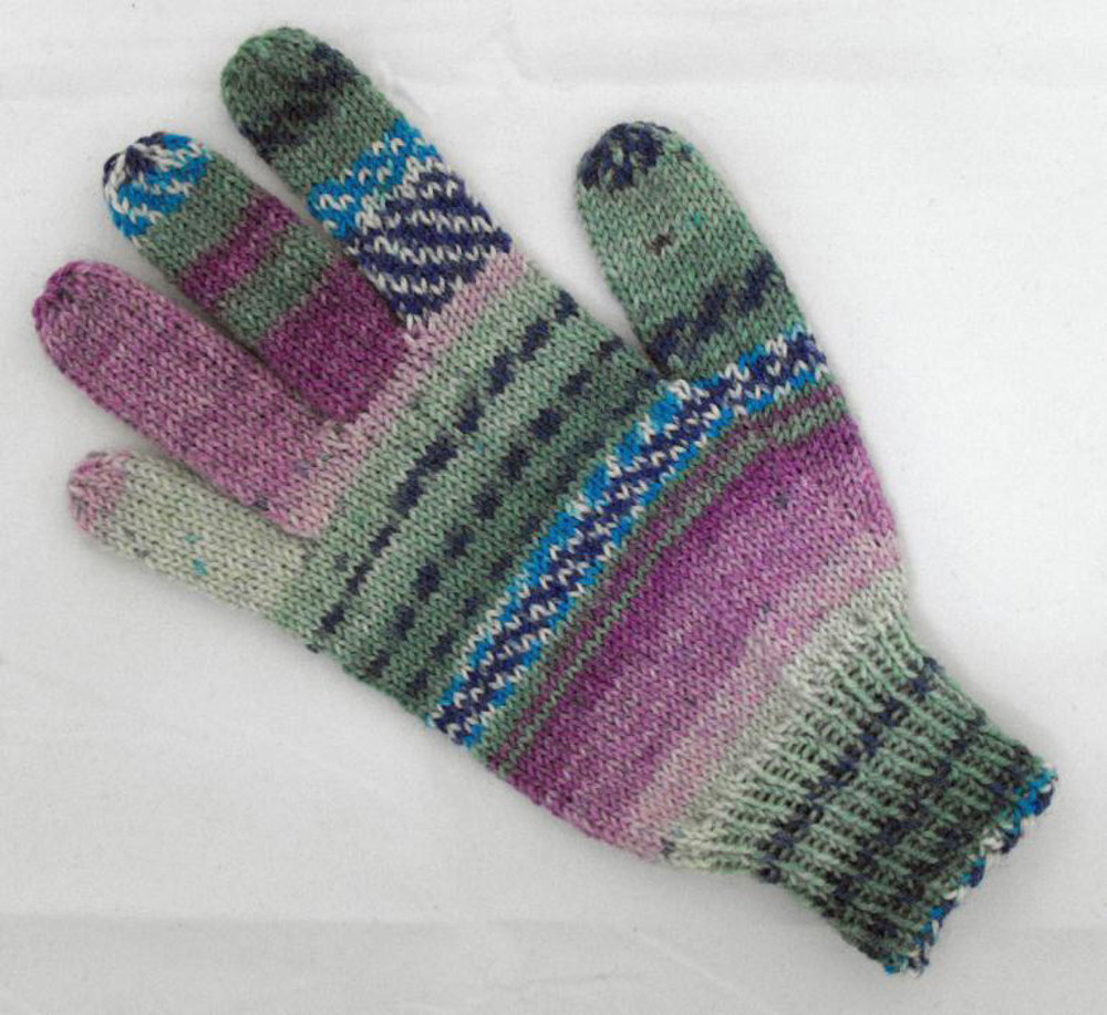 Adult glove in opal schafpate 4 ply knitting patterns loveknitting bankloansurffo Choice Image