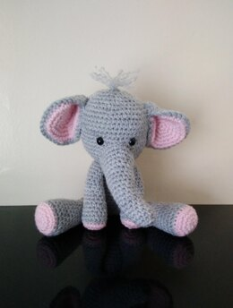 My Mini Zoo Elephant