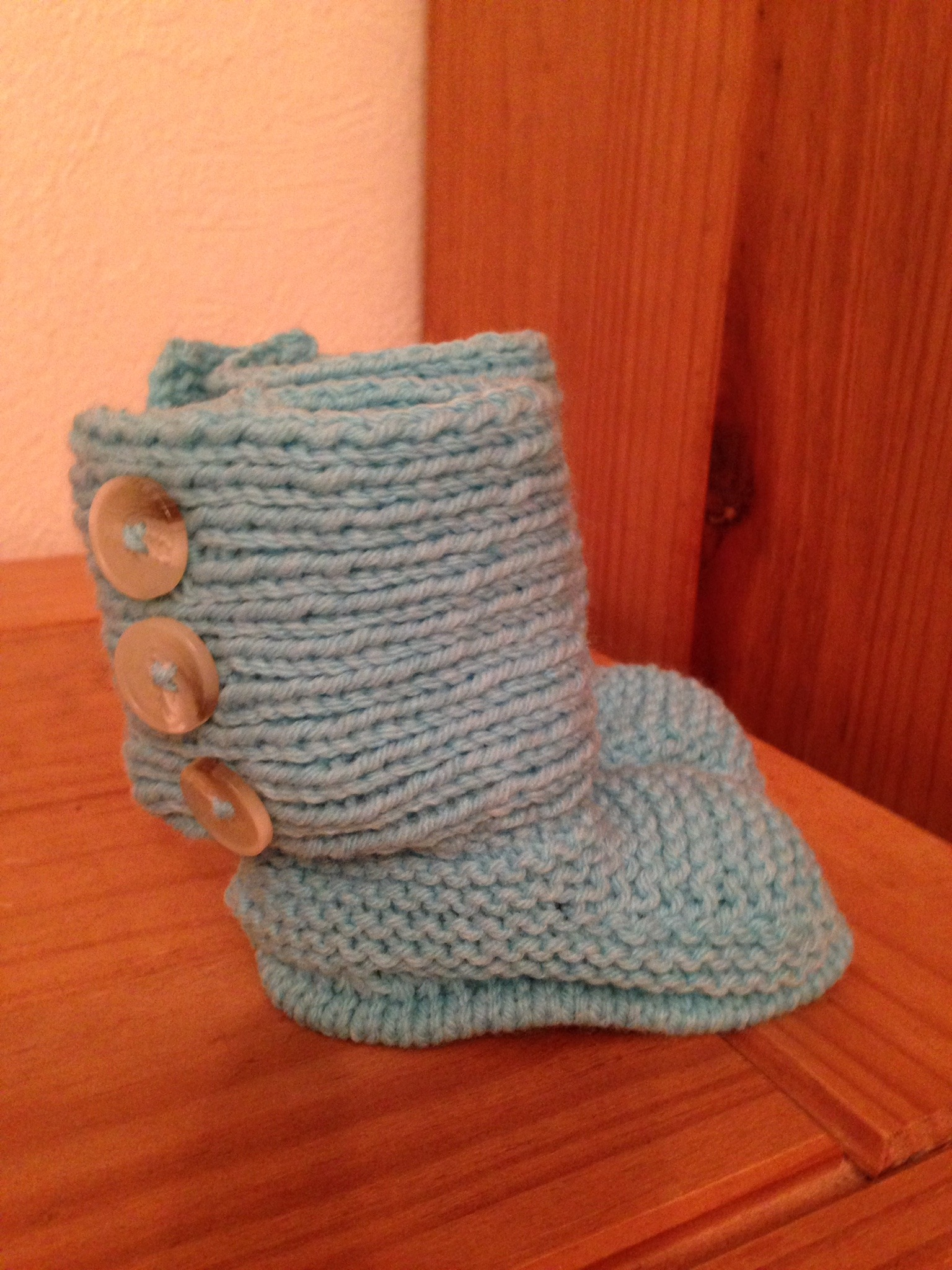 Baby ugg boots knitting project by Mazzie M LoveKnitting