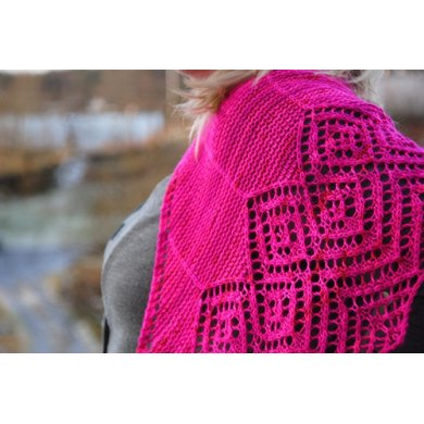 30 Diamonds Shawl