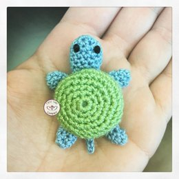 Mini Turtle Amigurumi