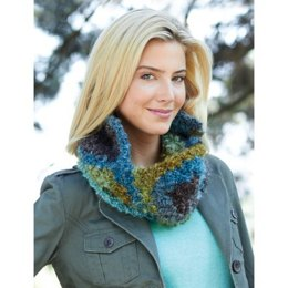 Cozy Cowl in Patons Big Boucle - Downloadable PDF