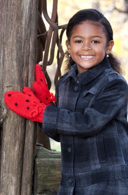 Strawberry Mittens in Red Heart Super Saver Economy Solids - LW2929