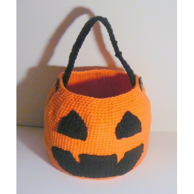 Jack-O-Lantern Trick Or Treat Basket