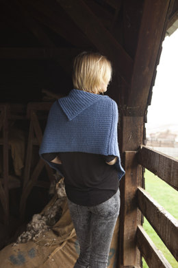 Andora Cape in Imperial Yarn Erin - PC12 - Downloadable PDF