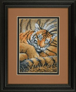 Dimensions Gold Petite: Counted Cross Stitch: Cozy Cub - 12.7 x 17.8cm