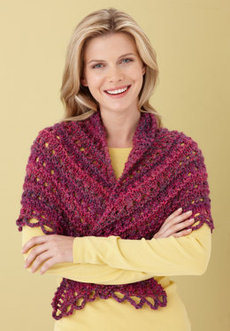 Splendid Triangle Shawl in Lion Brand Homespun - L0363B