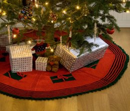 Knit Gifts Around the Tree Skirt in Red Heart Super Saver Economy Solids - WR1690