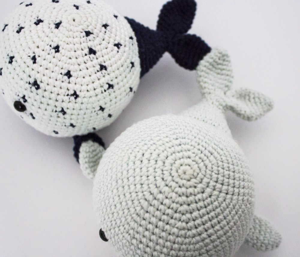 Wallace and Wanda the Whales Crochet pattern by Rupinder Kaur