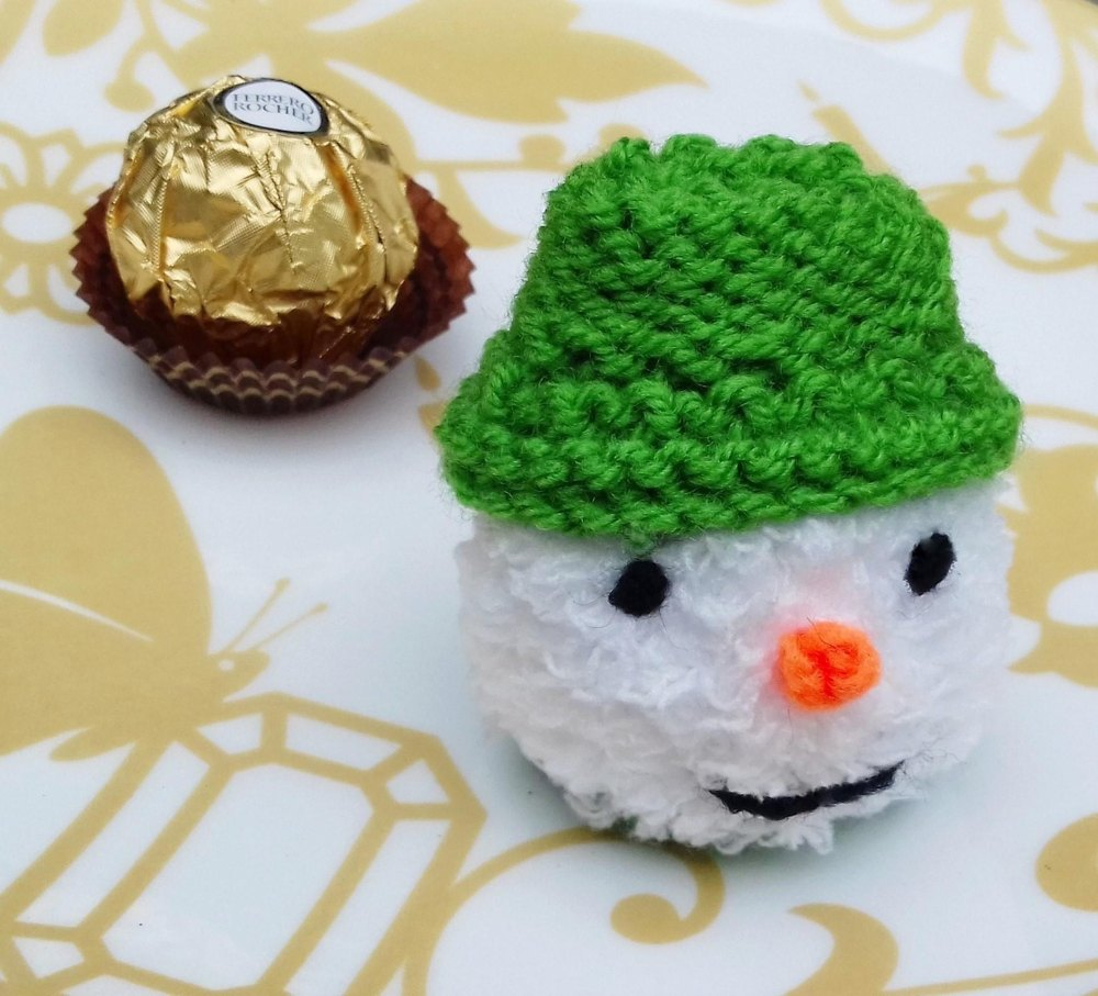 The Mini Snowman Chocolate Cover Knitting Pattern By Needles