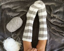 Harlow Cable Socks