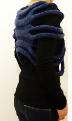 London Ribbed Capelet