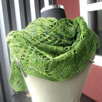 Leaves Shawl