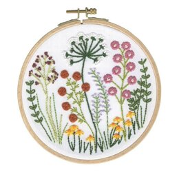DMCCountry Classic Embroidery Kit with Hoop