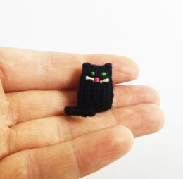Teeny Tiny Halloween Cat
