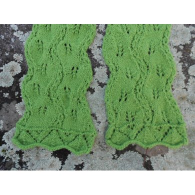 Twisted Leaves Lace Scarf