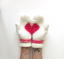 Secret Loveheart Mittens