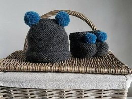 Beginner's Easy PDF Knitting Pattern – New Baby Hat and Boots