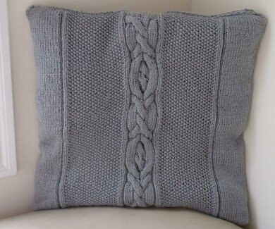 Cable Pillow with Heart