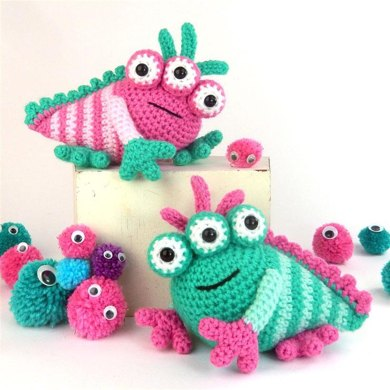 Jeepers and Creepers Crochet pattern by Moji-Moji Design