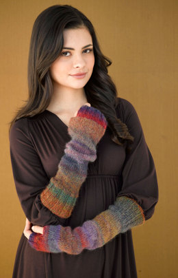 Dolce Fingerless Gloves in Lion Brand Amazing - 90612AD