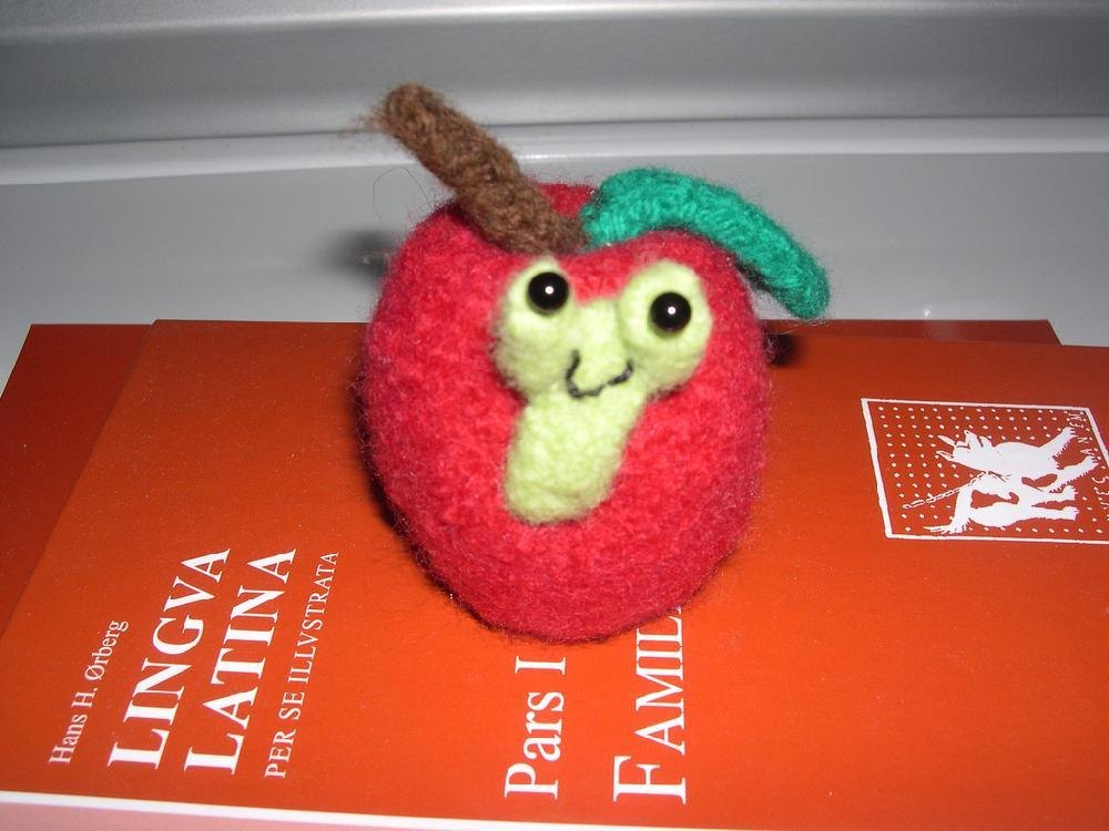 Teacher's Pet Apple Knitting pattern by Anita Wheeless ...