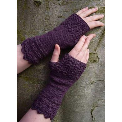 Belladonna fingerless gloves