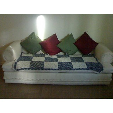 Free: Knitted Sofa Throw