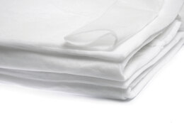 Hobbs Thermore Ultra-Thin Polyester Wadding: 90in x 108in (Queen)