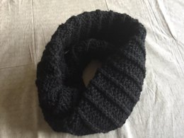 Dauntless Infinity Scarf (from Divergent)