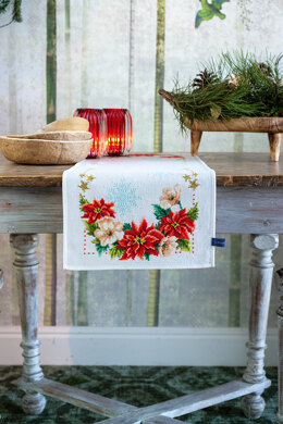 Vervaco Christmas Flowers Aida Table Runner Cross Stitch Kit