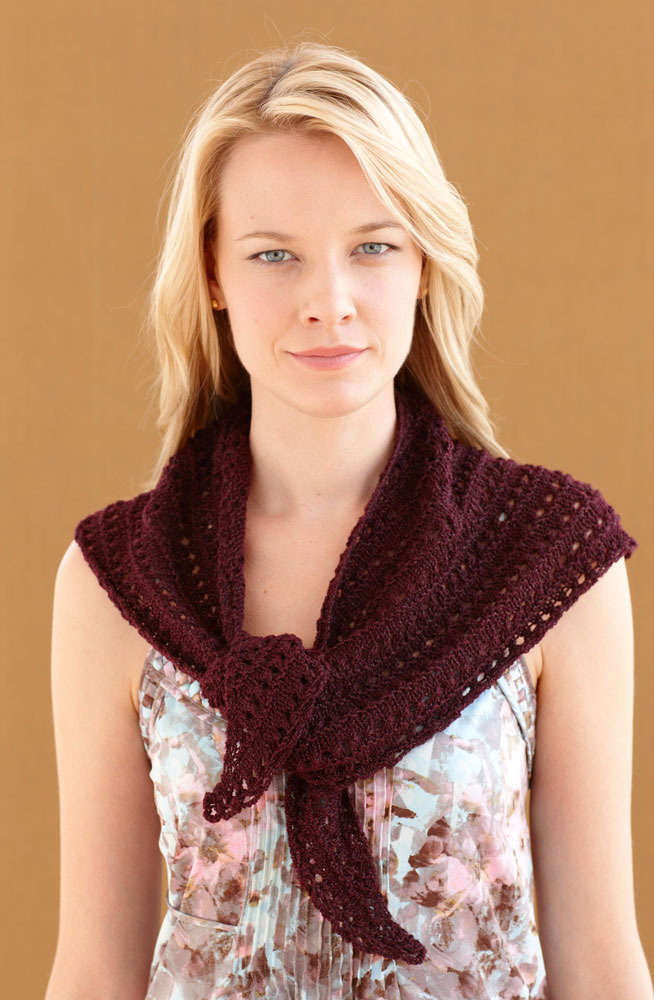 Baby Knitting Free Patterns : Sweetheart Shawl in Lion Brand Vannas Glamour - L0373 Knitting Pattern...