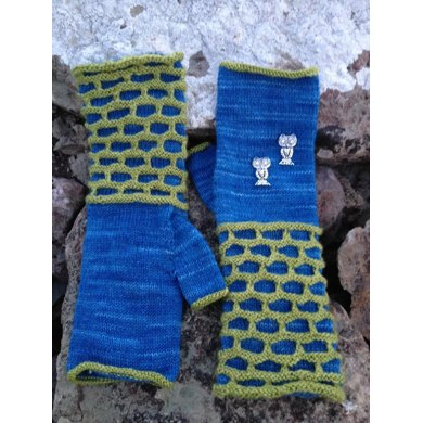 The Owlery Mittens