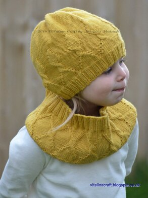 My Crown Beanie and Cowl Set