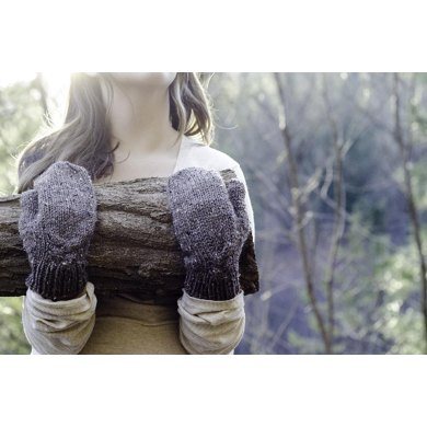 The Woodcutter's Daughter Mittens