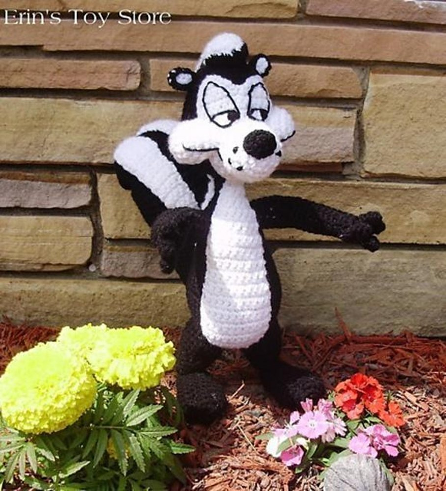 Sammy Skunk Crochet Pattern By Erin S Toy Store Crochet