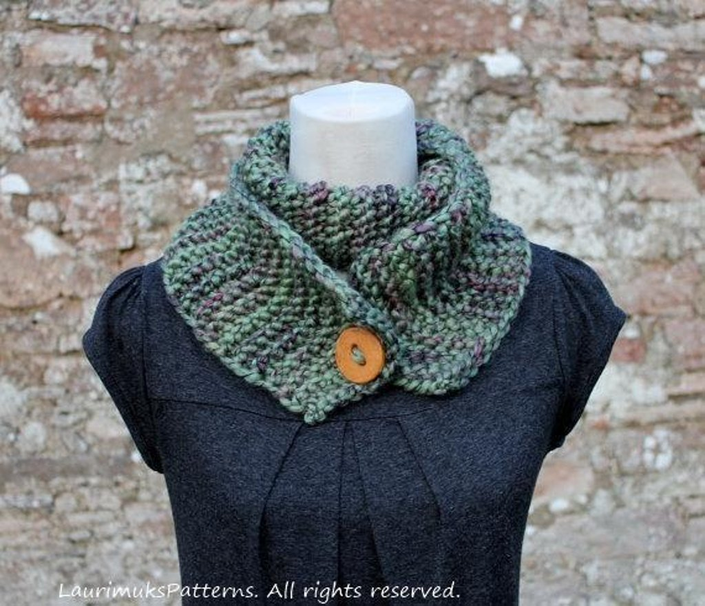 King cole gypsy super chunky button scarf knitting pattern by get 15 off your first order and free patterns dt1010fo