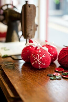 Felted Baubles