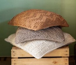 Cushions Bulky Textures in Hoooked RibbonXL