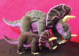 TRACY TRICERATOPS AND BABY KNITTING PATTERN