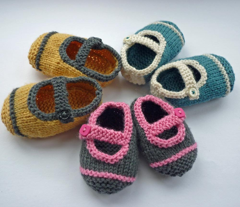 Avery Single Strap Baby Shoes Knitting pattern by Julie ...