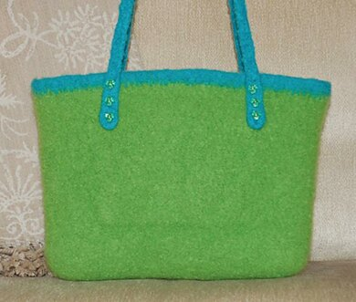 Felted City Bag to Crochet