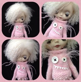 Monster sweater for Blythe
