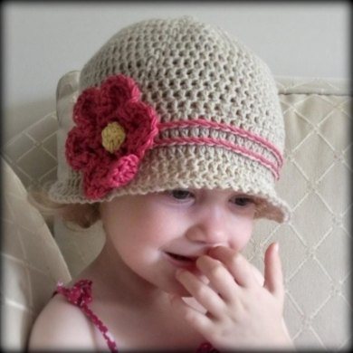 Cuteness Cloche Crochet Pattern By Lisa Van Klaveren
