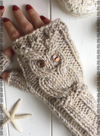 Owl fingerless mitts knitting project by The Lonely Sea - Heather C ...
