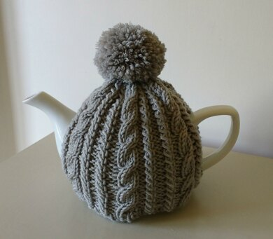 Cable Tea Cosy